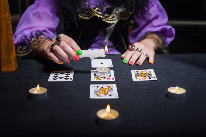 Tarot card readings can help people to see the light.