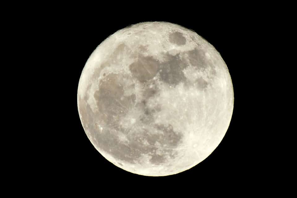 what can the moon tell us